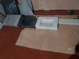 Lavatórios esculpidos