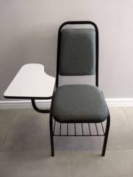 Vendo - Cadeiras escolares R$ 100,00