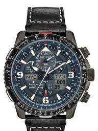 Relógio Citizen Skyhawk A-T JY8077-04H Black Limited Edition