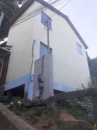 Vendo uma casa em Vitória