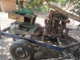 Ensiladeira com motor a diesel e carrinho