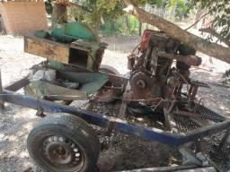 Ensiladeira com motor agrale a diesel e carrinho