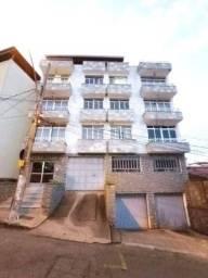 Apartamento com 3 quartos para alugar, 133 m² por R$ 1.500/mês - Jardim Glória - Juiz de F