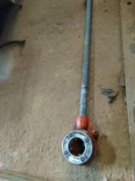 """Tarraxa manual para tubos de 2"""" BSPT com catraca e cabo"""