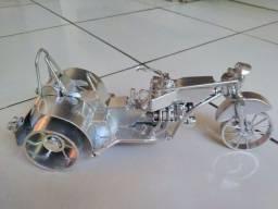 Miniatura de triciclo