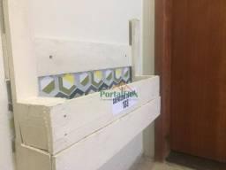 Apartamento com 1 dormitório para alugar, 45 m² por R$ 550/mês - Carapina Grande - Serra/E