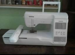 Máquina de Bordar Brother Pe 810L