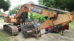 Escavadeira case cx 220b ano 2013