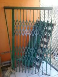 Porta de rolar + sanfonada