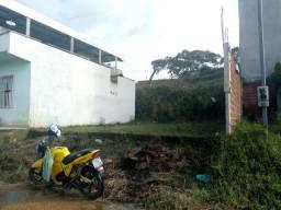Vendo um terreno no br Villa Anália rua principal do lado direito