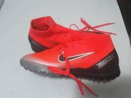 4e3653dd34 Vendo Chuteira Nike Mercurial 360 CR7 Botinha Society