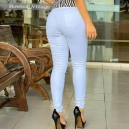 Calça  jeans com lycra, super confortável