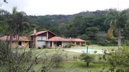 Casa à venda, 600 m² por R$ 3.200.000,00 - Pedro do Rio - Petrópolis/RJ