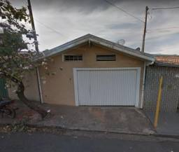 Casa com 3 dormitórios na Vila Independência