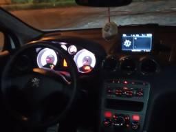 Peugeot 308 completo automático e com teto de vidro