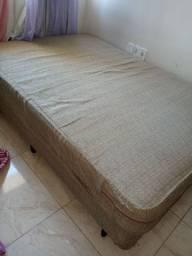 Cama box com colchão de mola