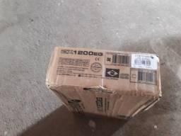 Vendo modulo stetesom 1.200rms tá novinho 450 reais