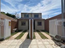 Casa com 03 quartos no Riacho Doce.