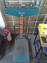 Balança mecânica 300 kg ( Usada )