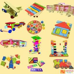 Brinquedos Educativos e Pedagógicos em Madeira