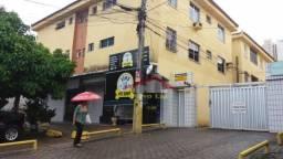 Apartamento com 2 dormitórios para alugar, 70 m² por R$ 950,00/mês - Benfica - Fortaleza/C