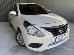 Nissan  Versa 1.6 Sv Flex com Gnv !