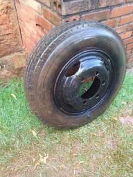 Vende roda usada  para caminhão 3/4.