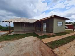 Linda chácara com piscina em condomínio fechado á venda, com 3 dormitórios, Mateus Leme