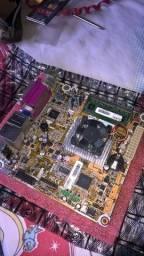 Kit Placa Mãe+processador Atom Quad Core+2Gb RAM
