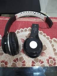 Fone Bluetooth quebrado
