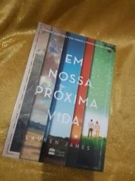 """Livro """"Em nossa próxima vida"""""""