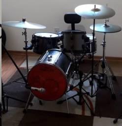 Aluguel de Instrumento Musical - Bateria Acústica
