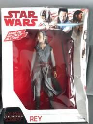 Boneca Rey 40cm Star Wars