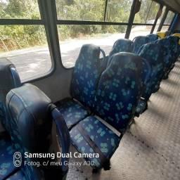 Vendo ônibus 37.000 Mercedes Benz