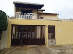 Casa para Venda em Campinas, Dic VI, 3 dormitórios, 1 suíte, 3 banheiros, 3 vagas