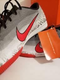 Chuteira Nike Vapor 12 Academy Neymar Jr