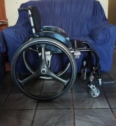 Cadeira de rodas monobloco