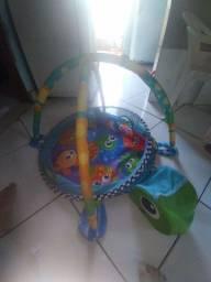 Cercadinho de bolinha para o bebê /serve como tapete também de atividades