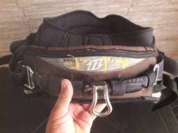 Trapézio de kite surf 300 reais zap *