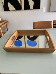 Bandeja quadrada em madeira Flamant com espelho