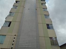 Alugo Apartamento com 02 quartos, Ed. Andorra, Rua: Curuçá, 1010