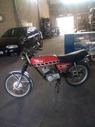 Yamaha RD75 1979