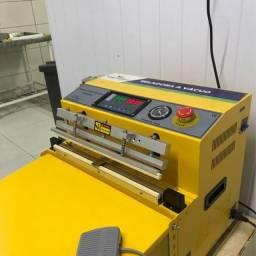 Seladora a Vácuo de Bico de Sucção Industrial Automática DZQ400 TE com ATM