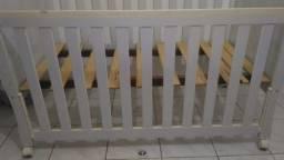 Berço de bebê semi novo, excelente custo benefício.