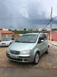 Vendo ou troco Fiat Idea Hlx (o mais completo da categoria)
