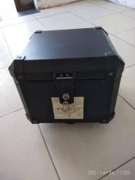 Baú Roncar 35 litros R$ 600,00