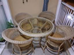 Mesa e Cadeiras Vime semi novo