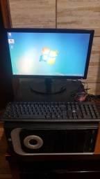 """Computador Com Monitor 19"""" LED"""