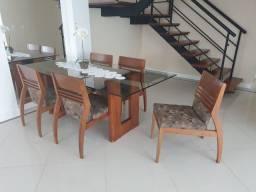 Mesa de jantar com tampo de vidro e 5 cadeiras