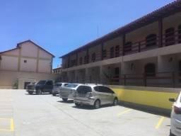 Cod: F108 Casa em condomínio reformada com 02 quartos - aluguel fixo